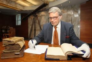 Photo: Jacques Grenier - Le Devoir Le père Jacques Monet est l'historien de la communauté jésuite.